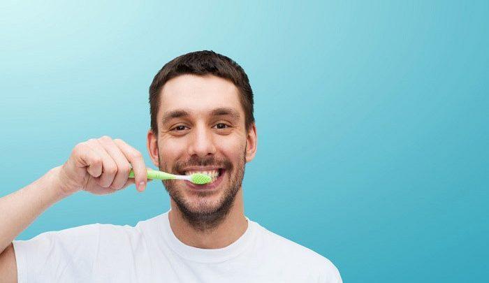 به دندان ها توجه بیشتری داشته باشید
