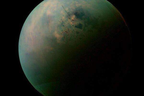 اولین نقشه جهانی از قمر تایتان زحل منتشر شد