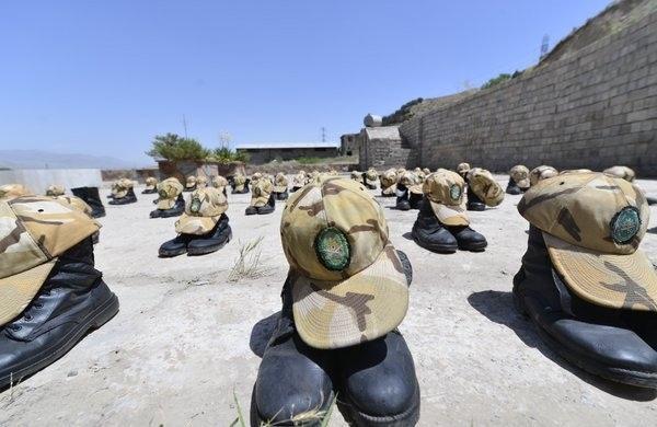 سرباز فداکار نزاجا تا انتها ریشه کنی کرونا خدمت سربازی خود را تمدید کرد