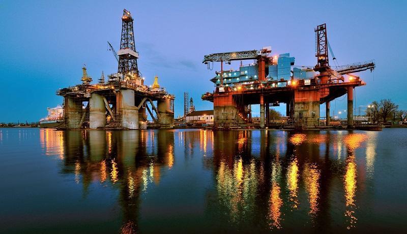فرایند نزولی قیمت نفت ادامه دارد